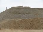 磷矿石中暗色斜长岩的特点